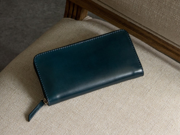無二「MWR01ML」コードバン財布のデザイン