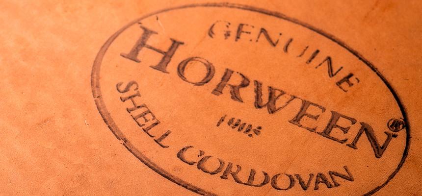 HORWEEN社のCORDVAN仕様財布