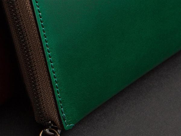 緑色系のメンズ財布