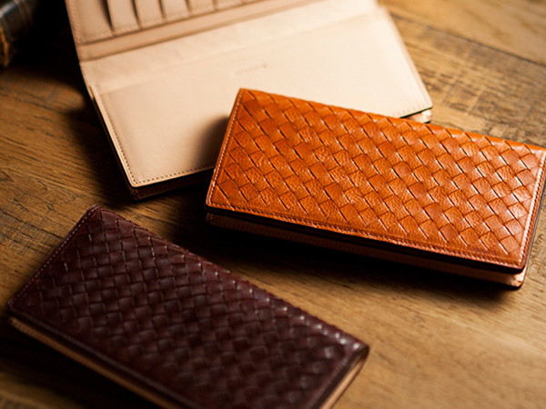 イタリアオイルレザーの編み込み長財布