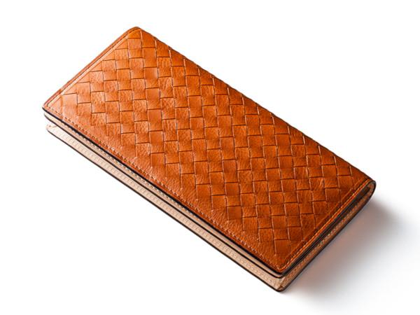 編み込みデザイン長財布「ヴォルタウォレット」
