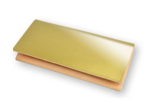 金色の革財布