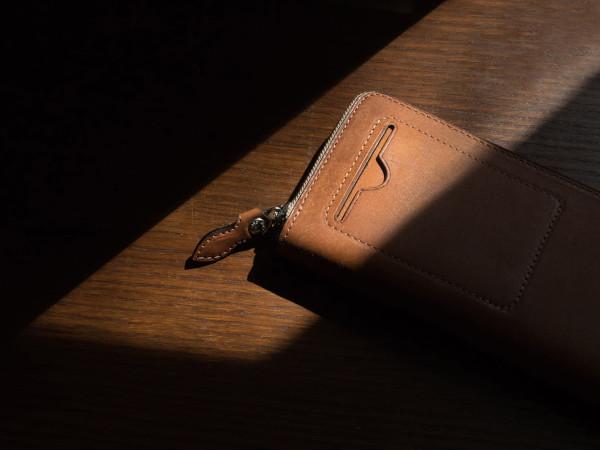 プエプロレザーの財布