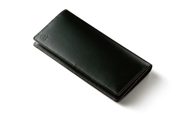 カヴァレオ(CAVALEO)の長財布「ドゥマ(DOMA)」