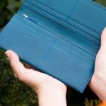 ミネルバリスシオの革財布