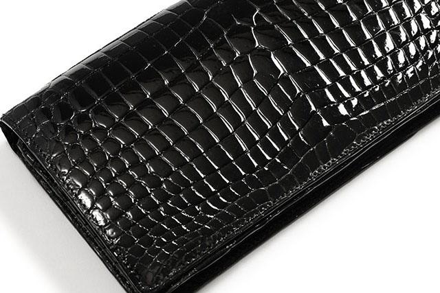 【黒色】のクロコダイル財布