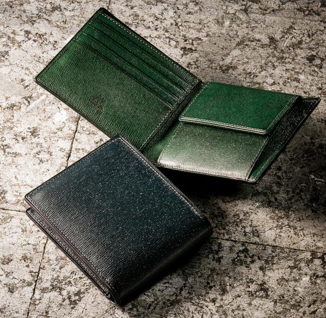 プルキャラック・パルテノーペ(二つ折り財布)