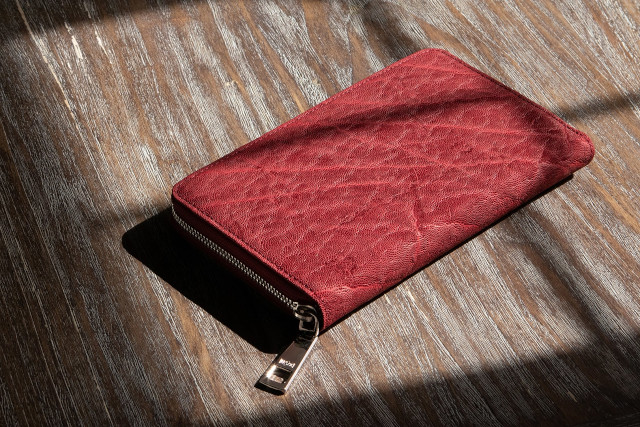「エレファントレザー」革財布