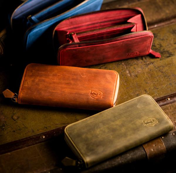 最上級のしなやかさを持つ革財布