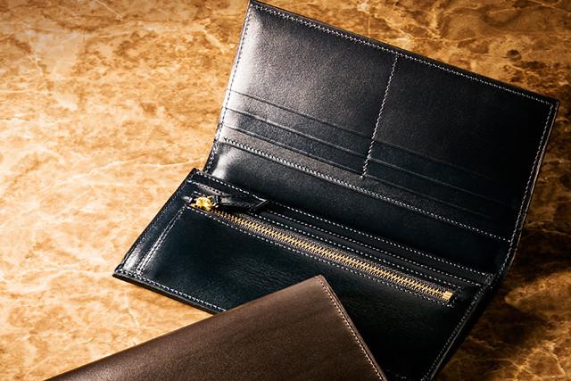 「クリスペルカーフ」革財布