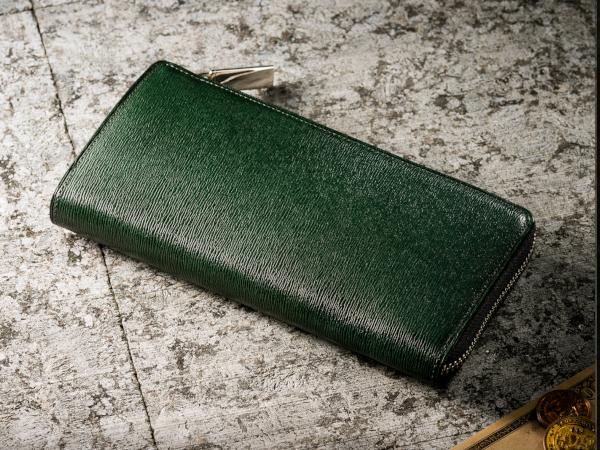 「プルアップレザー」革財布