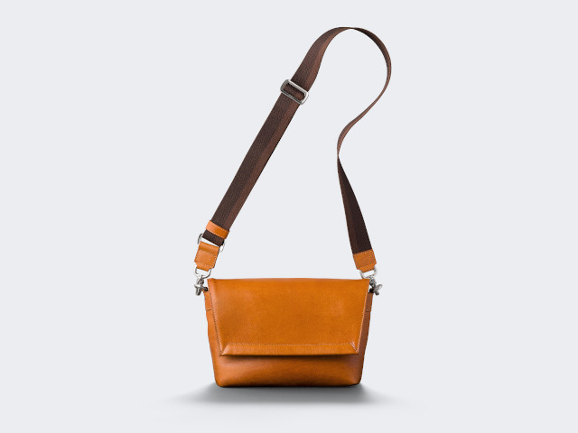 Antique Leatherメッセージバッグ「01-04002」