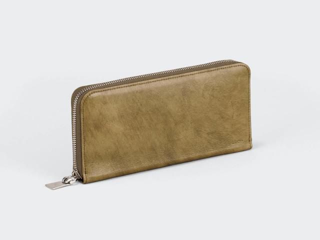 革の強度とソフトな使いこごちが魅力の革財布