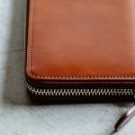 【財布が欲しい】誕生日プレゼントとして人気のメンズ革財布とは!?