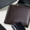 スーツに似合う「コードバン仕様」の薄い長財布&二つ折り財布特集!